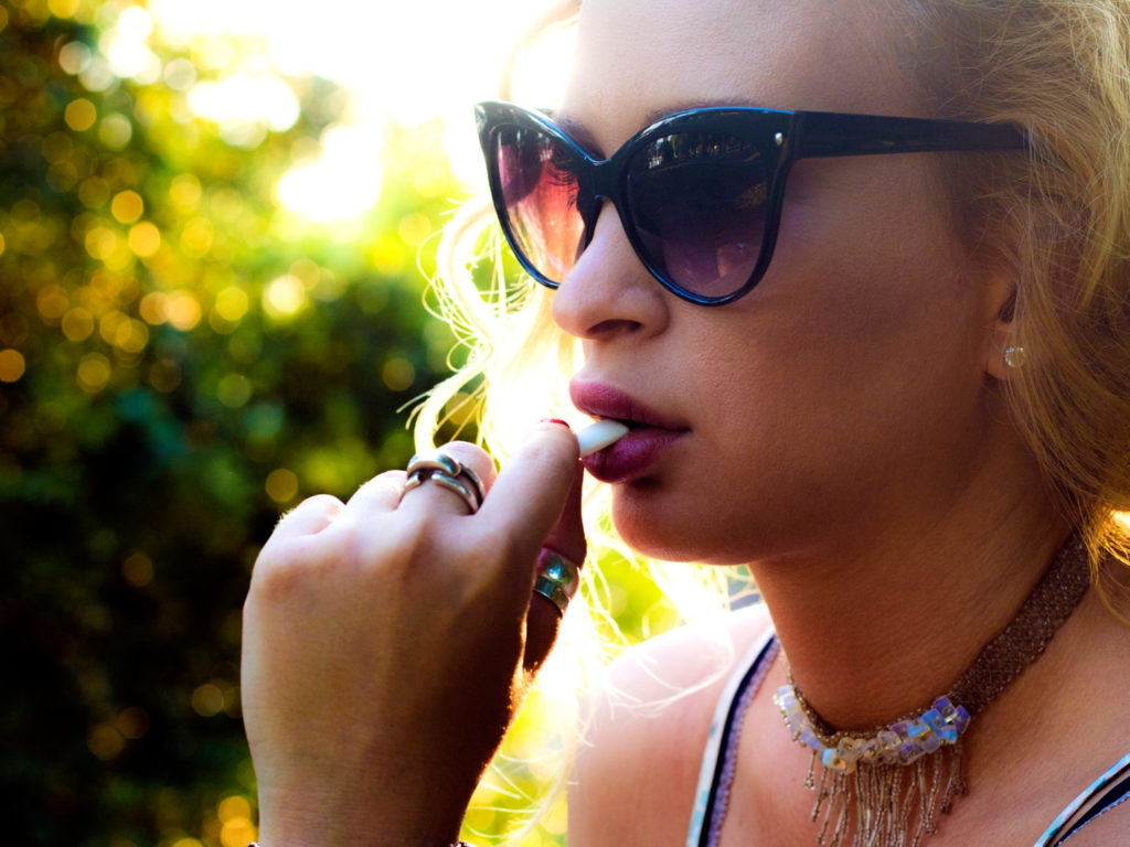 The Natural Stop-Smoking Aid Causing Controversy