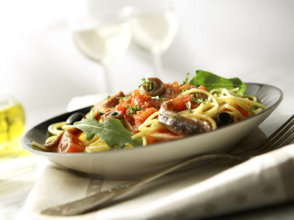 Spaghetti With Tuna Puttenesca   REcipes   Dr. Weil's Healthy Kitchen