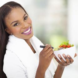 woman-healthy-eatingDT
