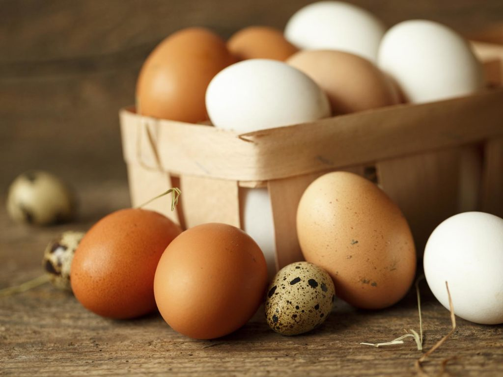 What is the caloric content of chicken eggs, and whether they can be considered a dietary product