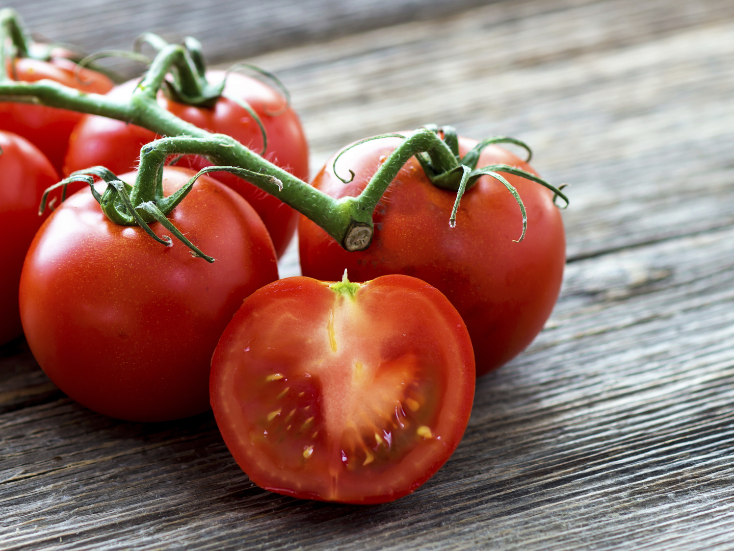 Toxic Tomatoes? - Ask Dr. Weil