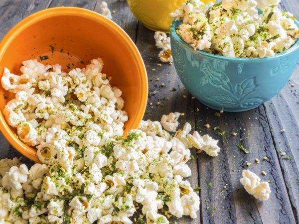 Popcorn sprinkled with furikake, a japanese seasoning made of sesame seeds, salt, sugar and seaweed, common in Hawaii