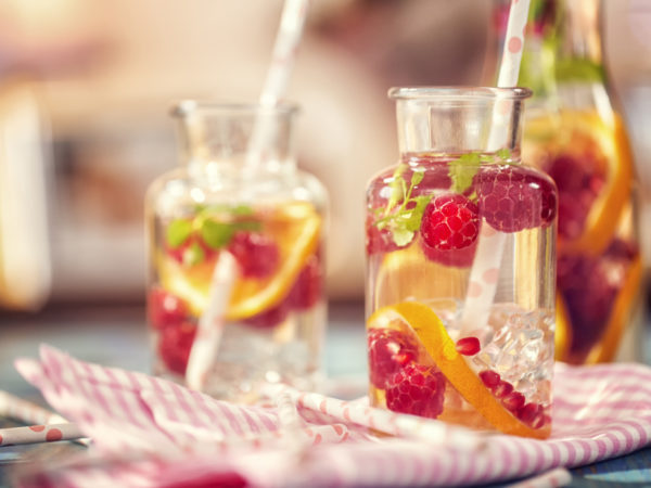 Raspberry Evening Spritzer | Recipes | Dr. Weil&#039&#x3B;s Healthy Kitchen