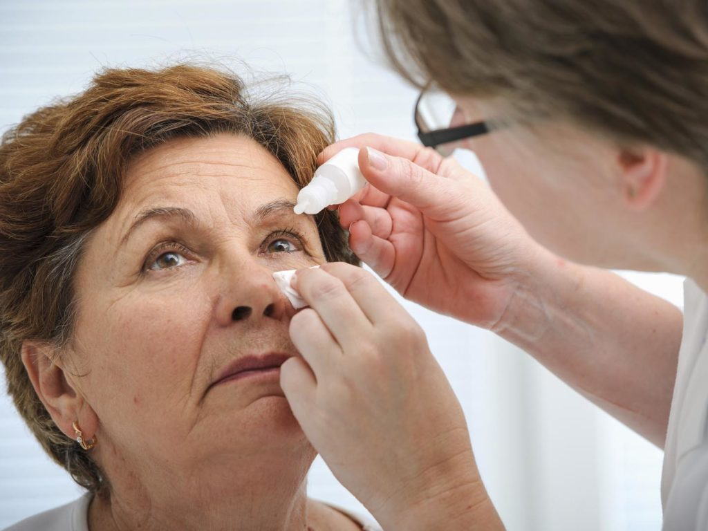 Pink Eye Dr Weil S Condition Care Guide