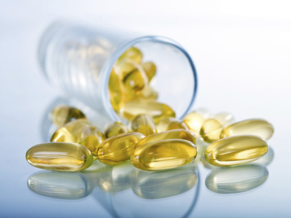 Commercial photography of capsuled supplements