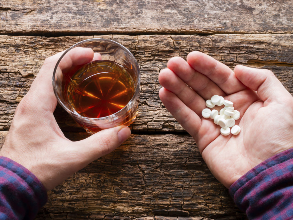 Sulfamethoxazole and alcohol consumption