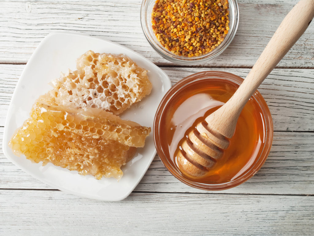 Raw Honey Using Honey on Your Wounds