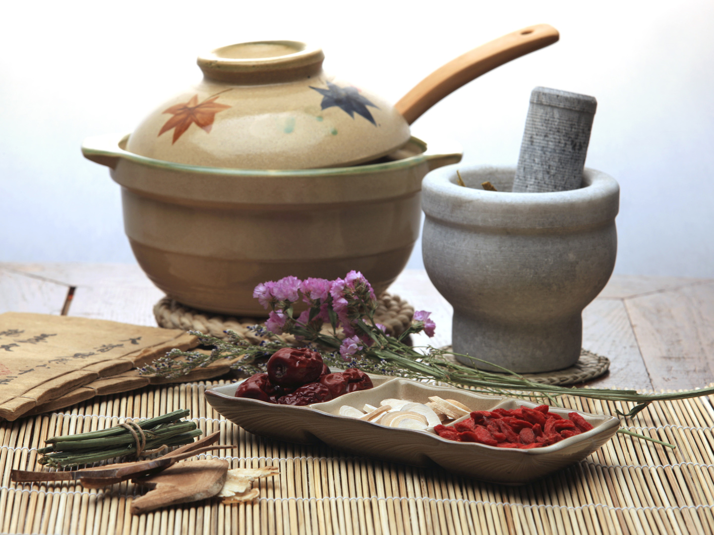 chinese herbal medicine Itm online provides education, and offers theraputic programs with a focus on natural healing techniques, such as herbal formulas, acupuncture, massage, diet, nutrition, and general health care.