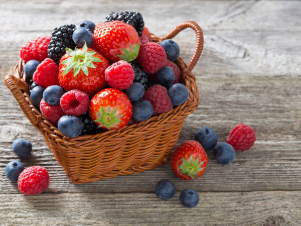 in the news: berries fight cancer