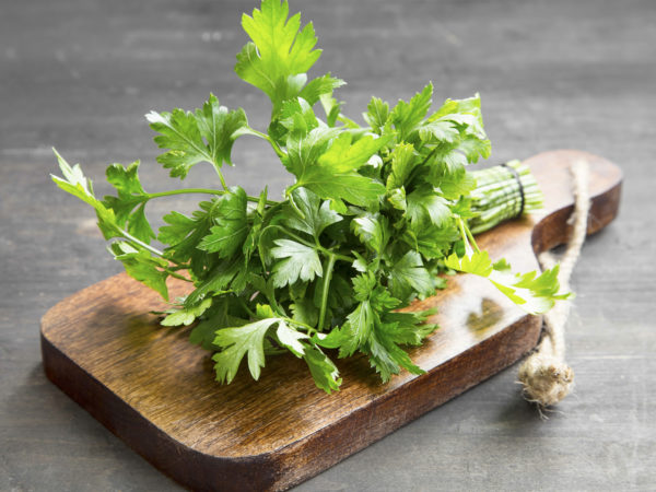 Parsley | Herbs & Supplements | Andrew Weil, M.D.