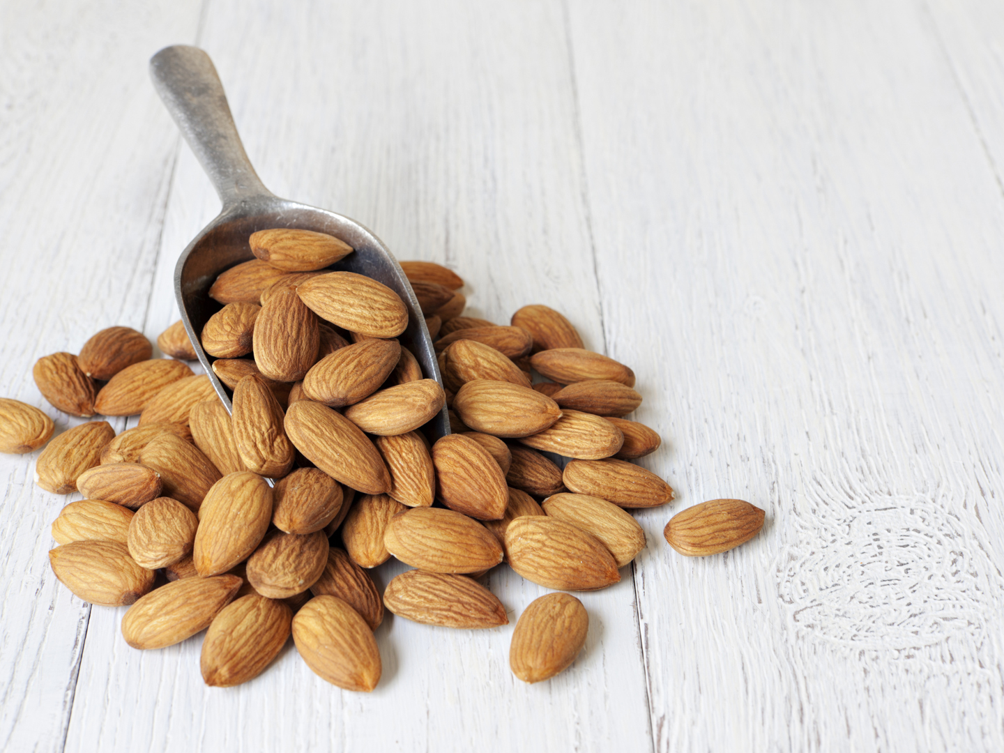 Can Almonds Really Help You Lose Weight? Find Out!