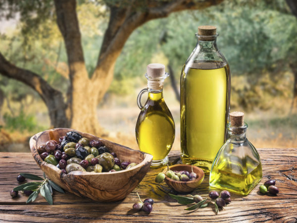 Want To Improve Your Cholesterol Levels? Reach For The Olives