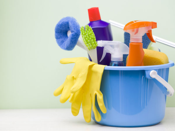 cleaning products damage lungs