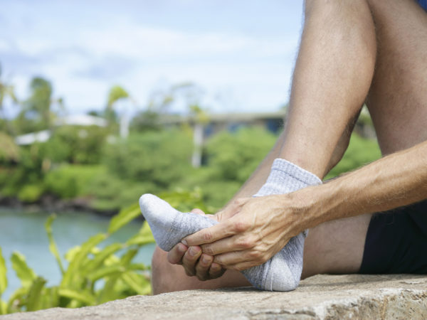 Aching Feet? 4 Simple Steps To A DIY Foot Massage