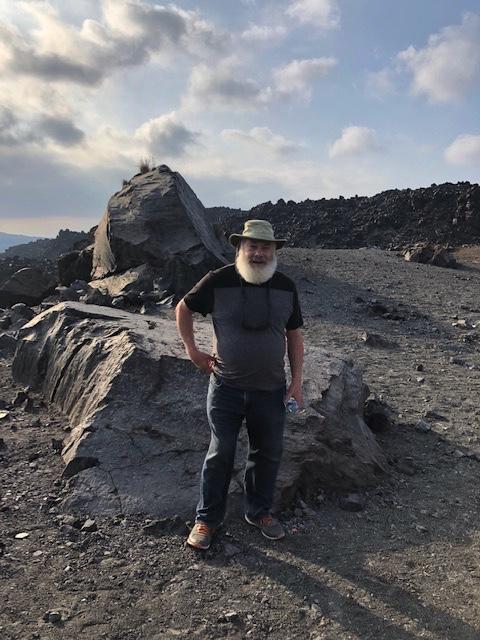 38 AW volcanic hiking 1_20181017