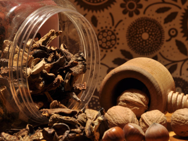 Are Nuts Good For Memory?   Aging Gracefully   Andrew Weil, M.D.