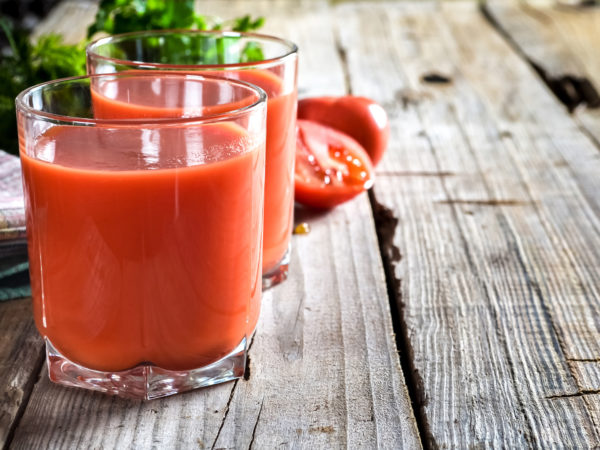 Tomato Juice to Lower Blood Pressure | Weekly Bulletins | Andrew Weil, M.D.