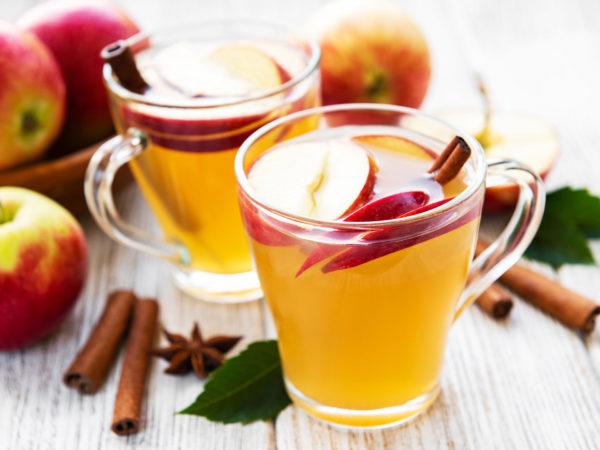 Apples & Tea For Longer Life | Weekly Bulletins | Andrew Weil, M.D.